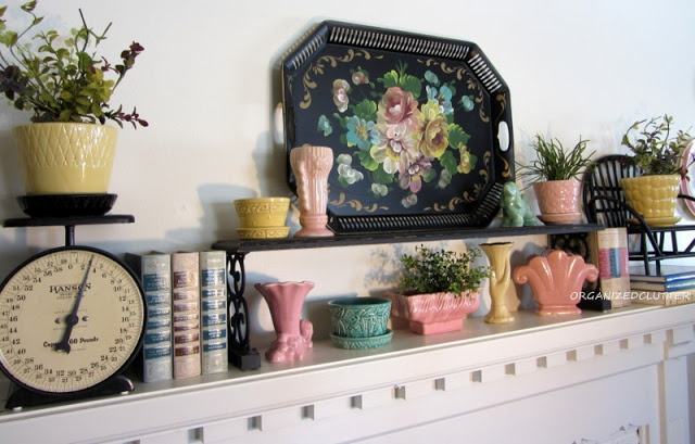 Various vintage planters - love the pops of black