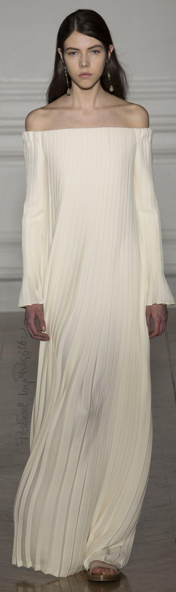 Regilla ⚜ Valentino Couture Spring-Summer 2017