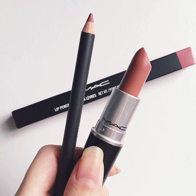 """Fave lip combo @maccosmetics #velvetteddy & #soarlipliner """