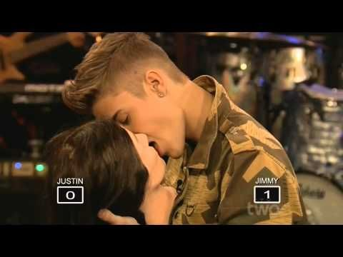 Justin Bieber Kissing a Mannequin on SNL | LIVE 2-9-13 - YouTube, he lookz liike he knowz how to kiizz