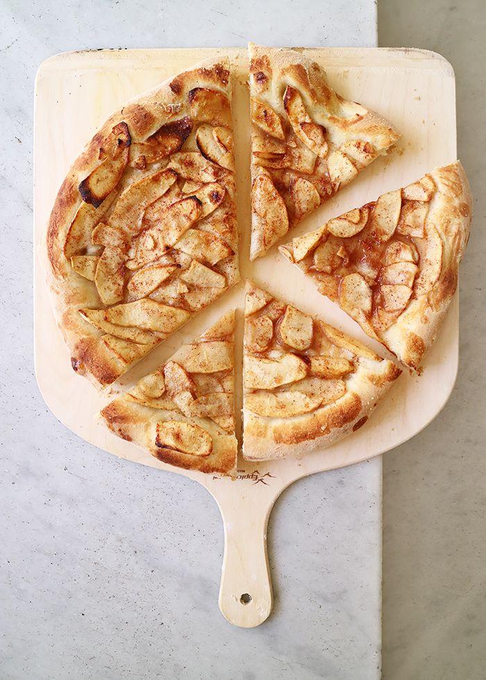 Apple Cinnamon Pizza!