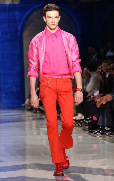Spring 2017 Color Combinations that WOW for men, pink + red, fuchsia button down shirt and belt with red pants | Divine Style