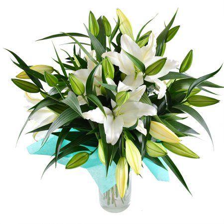 Букет из белых лилий - превосходный подарок на любое торжество: День рождения, 8 Марта, профессиональный праздник, День святого Валентина, именины, рождение ребенка или просто так!