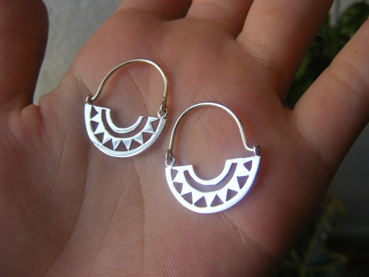 Handmade Silver Hoops Earrings de AfaJewelry en Etsy
