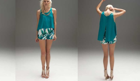 BATM Scale top. Gorgeous jungle green and comes with neck piece $109.95