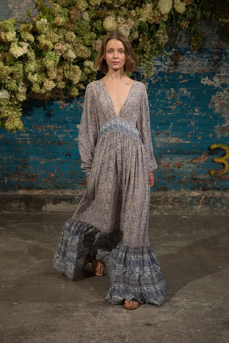 Ulla Johnson Spring 2016. For more followwww.pinterest.com/ninayayand stay positively #inspired