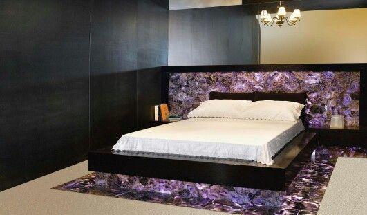 Полудрагоценный камень в спальне #design #marble #granite #красота #дизайнинтерьера #натуральные камни