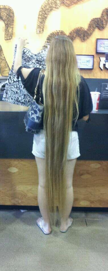 Long Blonde Hair Down To Her Feet Long Hair In Public