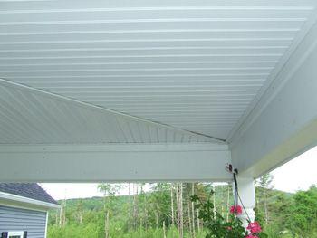 Home Construction ImprovementUsing Vinyl Beadboard Soffit for ...
