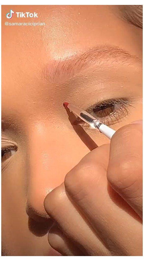 Artsy Fire Flame Eyeshadow Makeup Idea Beauty Tiktok Makeup Face Art Videos Makeupfaceartvideos Are You Looki Fire Makeup Eyeshadow Makeup Face Art Makeup