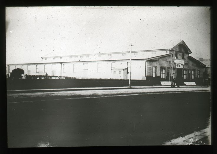 Elite Skating Rink & portion of cemetery Hunter St., Newcastle, next to site of Palais Royale & Young & Greens (1890)
