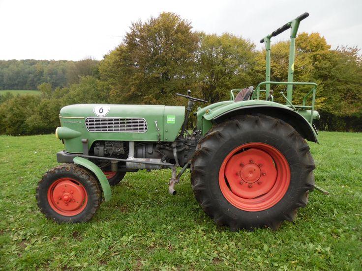 traktor oldtimer fendt farmer 2 mit frontlader in business. Black Bedroom Furniture Sets. Home Design Ideas