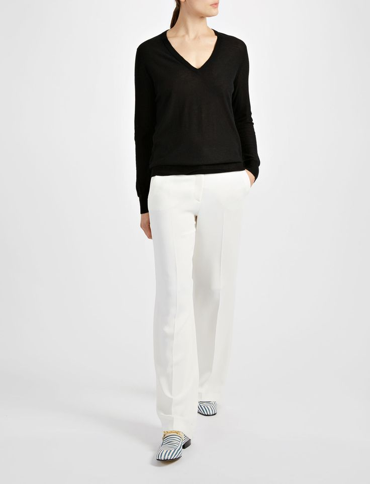 Cashair and Patch V Neck Sweater in Black   JOSEPH