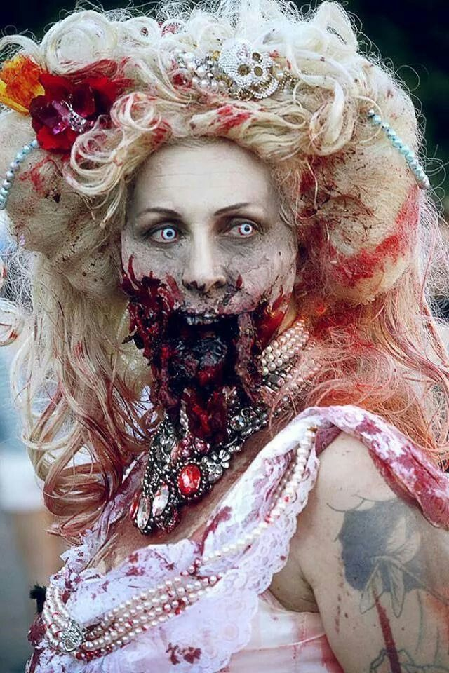 i wanna be a zombie bride. at least once!!