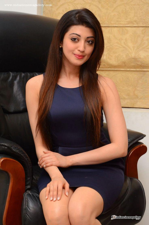 Pranitha-during-her-interview-stills-(8)