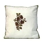 Hand-embroidered floral motifs (set of 2)