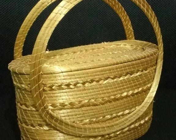 Bolsa de Capim Dourado Capim Dourado Jalapão R$110.00 Tam P-m Novo https://www.lojacafebrecho.com.br/produto/bolsa-de-capim-dourado-capim-dourado-jalapao