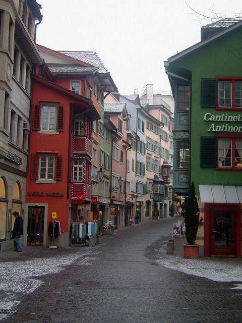 Colorful Facades and Charming Narrow Streets of Zurich ...