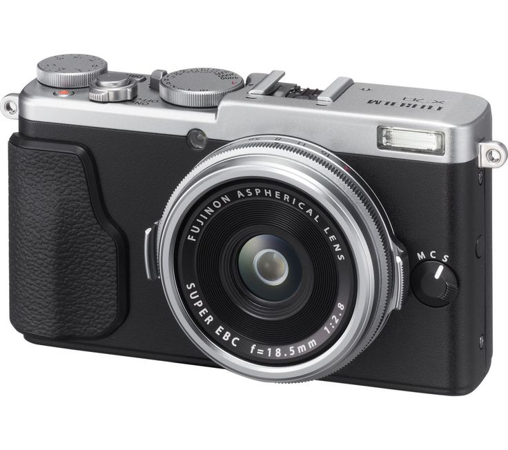 £500 Fuji X70