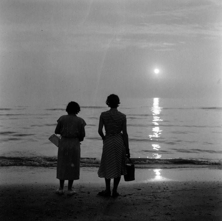 """""""On the Beach """" 1952-1957. photo: Kees Scherer"""