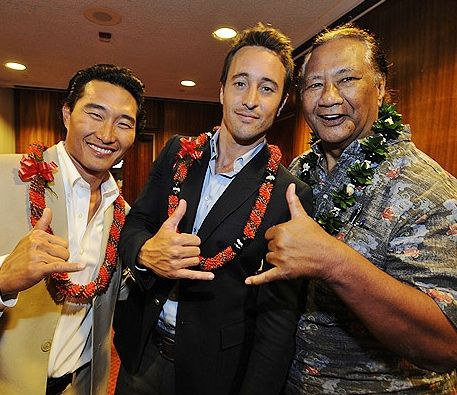 ♥♥♥ H50 cast & crew were recognized at the Honolulu Capital bldg. for their continued contribution to Hawaii's economy & tourism industry. Mar 2011