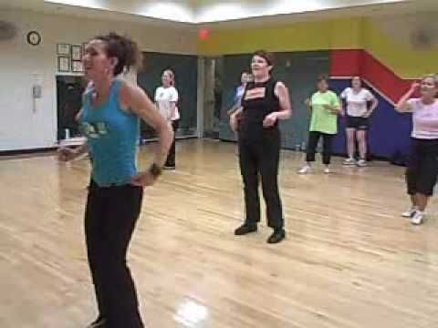 Zumba 3 watch the lady in the green shirt god love for Mirror zumba
