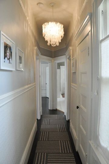 nicely decorated victorian hallway, which i usually really disklike (will make househunting in sf hard...)