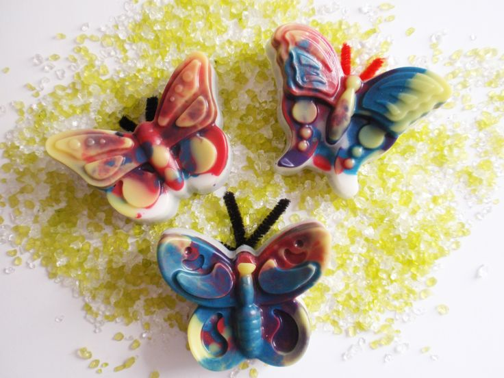 Truly painted glycerin butterflies perfect for baptism favors & baby gifts. They come in a variety of colors & scents.