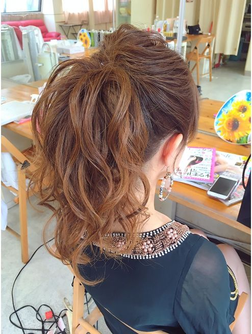 ヘアアレンジメント ボガスティーズ 溝の口店(Hair arrangement Vogusty's)ポニーテールアップ
