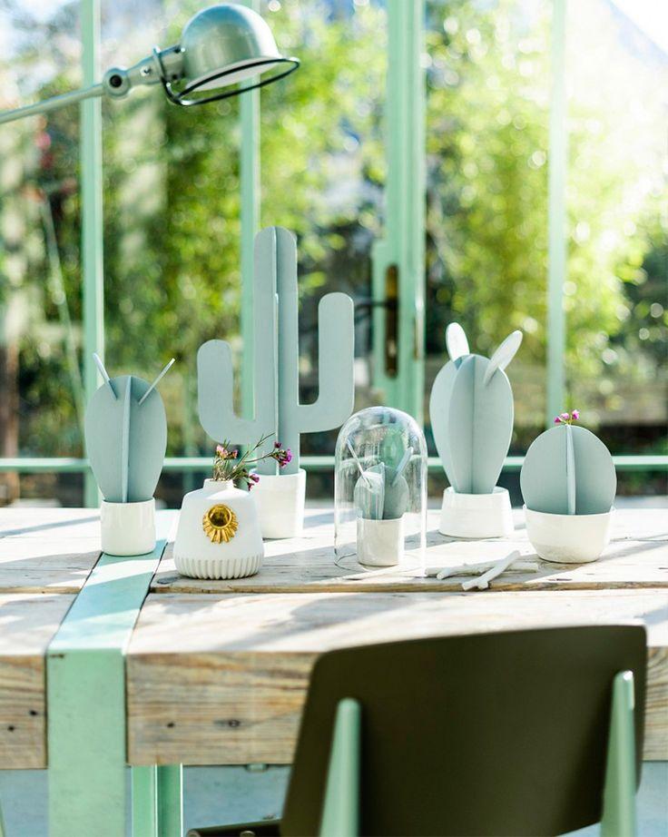 Passo a passo de como fazer um cactus de papel, perfeito para decorar sua casa ou seu evento.