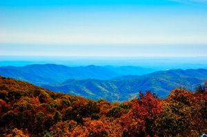 How to Make the Most of Columbus Day Weekend: Escape to the Blue Ridge Mountains
