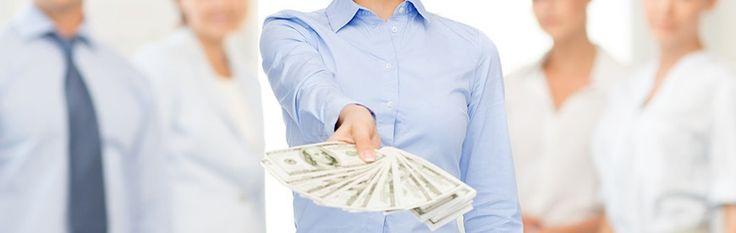 Pracovali ste doteraz sami, ale prijímate do zamestnania nového pracovníka? Uľahčite si prácu so mzdovým účtovníctvom.