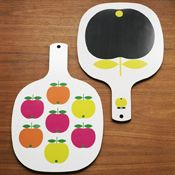 Beyond fabulous vintage-inspired scandinavian cutting board. Yes, please!!!!!  I love how it looks like a ping pong paddle.