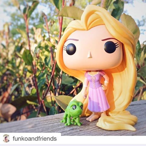 Sugestão de #PresenteDeNatal #Funkos ❤️#RapunzelandPascal + #Maximus disponíveis na #COOLcollectibles www.coolcollectibles.com.br  Também disponível  #Divertidamente #InsideOut #Nojinho #Disgust #Joy #Alegria #Fear #Medo #Peanuts #SallyBrown #LucyVanPelt #SnoopyAndWoodstock #CharlieBrown #MickeyMouse #MinnieMouse #Cogsworth  #Funko #FunkoPop #FunkoPopBrasil #Pop #Pops #PopVinyl #ToyPhtography #FunkoFanatics