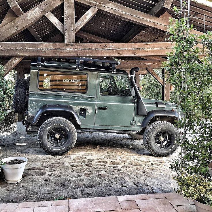 Land Rover Defender 90 Td4 Sw TWISTED