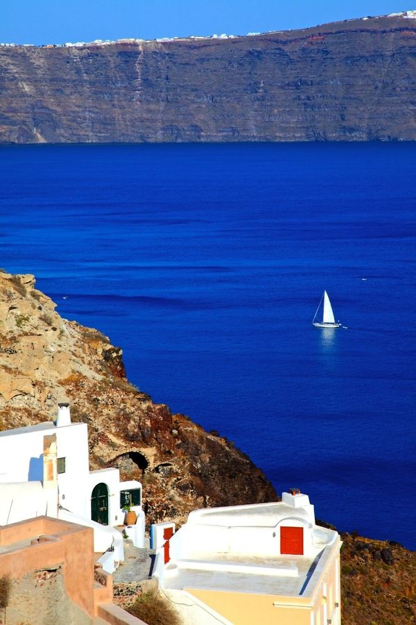 One of my dreams is to sail the Greek islands! So beautiful! Sailing in the Santorini Caldera, Greece