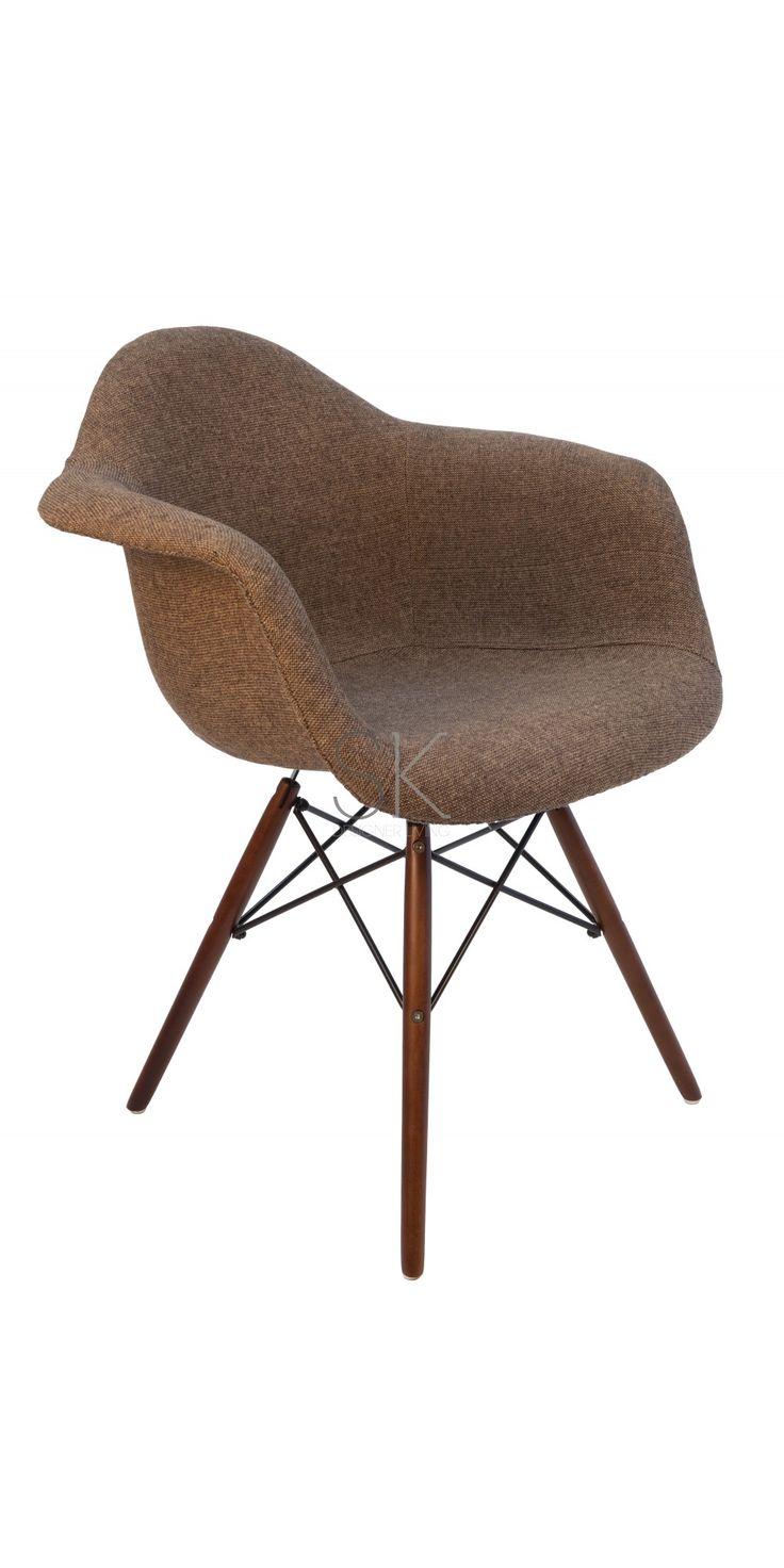 Meer dan 1000 afbeeldingen over eetkamerstoel op pinterest for Reproduction fauteuil eames