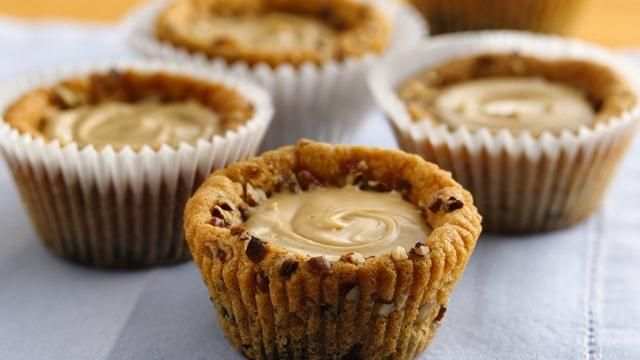 Peanut Butter Creme Cookie Cups  (Pillsbury): Cookie Cups, Cream Cookies, Peanuts, Creme Cookies, Recipe, Cookies Cups, Butter Cookies, Peanut Butter, Butter Creme