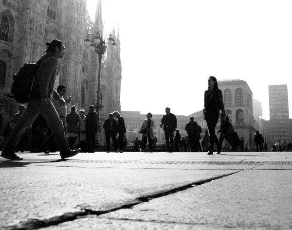 Urban fashion show by federico Poletti #urbanfashionshow #milan #duomo #blackandwhite #photo