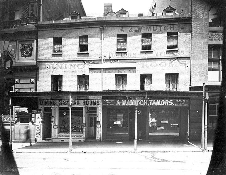 Hoadley's Coffee Palace on King St,Sydney in 1910.