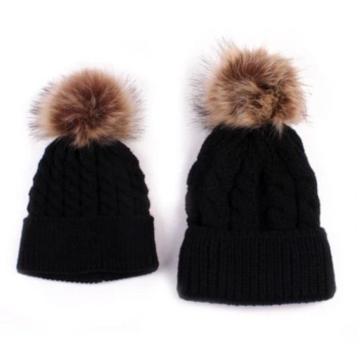 Fur Pom Hat - Black