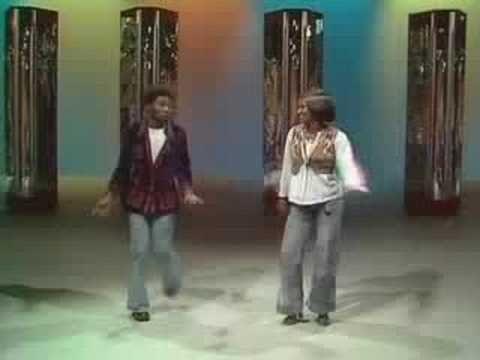 ▶ Spooky & Sue - Swingin' On A Star (1974) - YouTube
