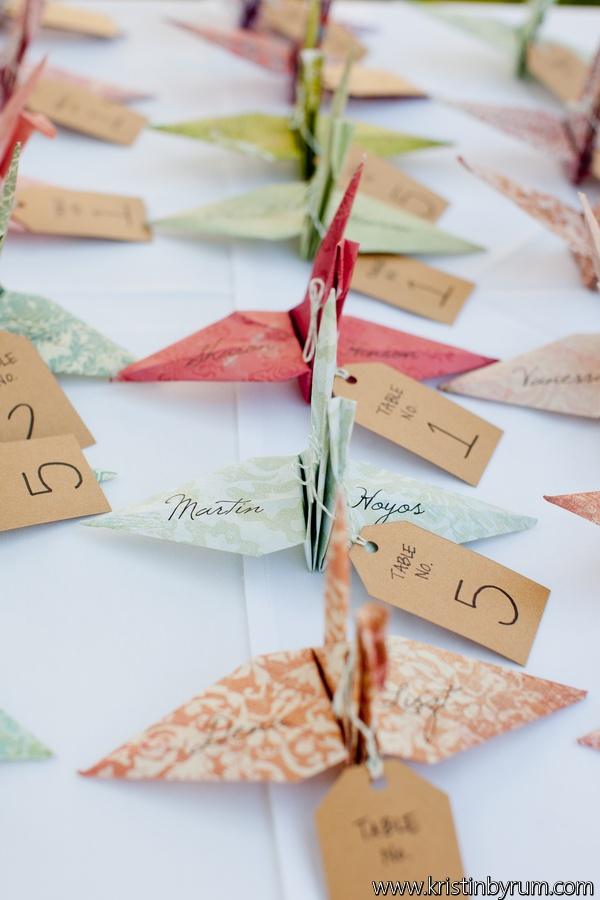 How cute are these origami swans as escort cards!