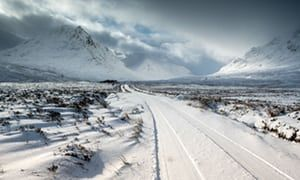 UK faces 'significant' snowfall due to freezing air from Siberia | UK news | The Guardian