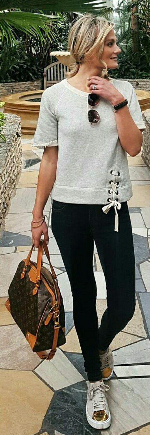 Grey Knit / Black Skinny Pants / Gold Sneakers