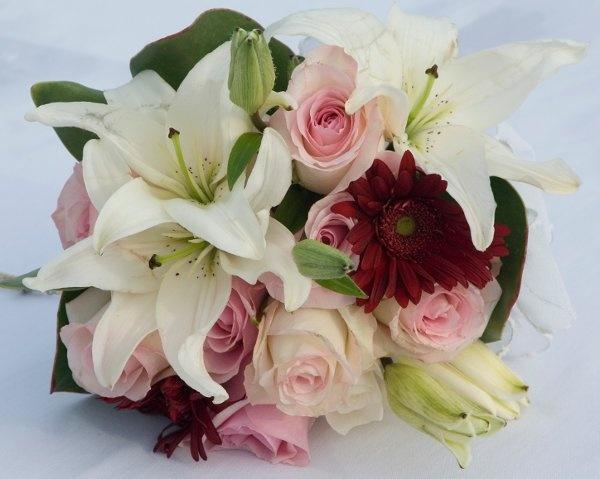 Wedding details Wedding Flowers Photos on WeddingWire