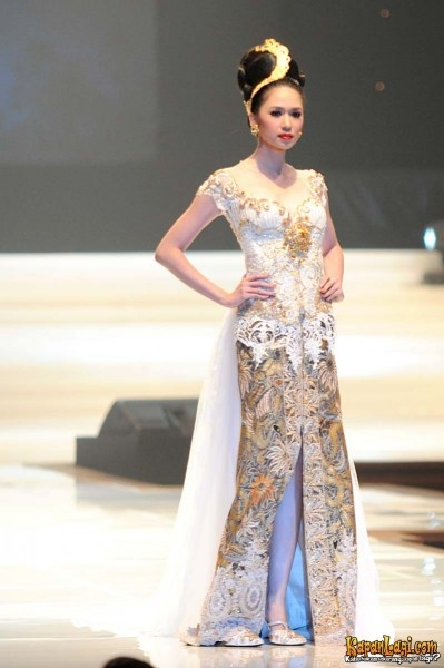 anne avantie 20th collection 8