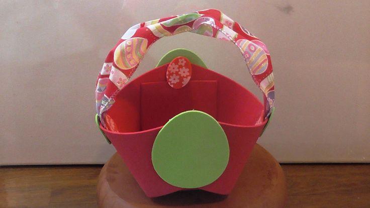 This video presents how to make an Easter basket with paper foam and Easter ribbon Αυτό το βίντεο παρουσιάζει πως  φτιάχνω ένα Πασχαλινό καλάθι με φύλλο αφρού και Πασχαλινή κορδέλα