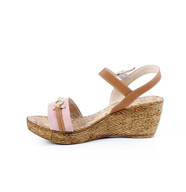 Yeni gelen yazlıklar! - Tokalı Bilekten Bağlı Pembe Sandalet