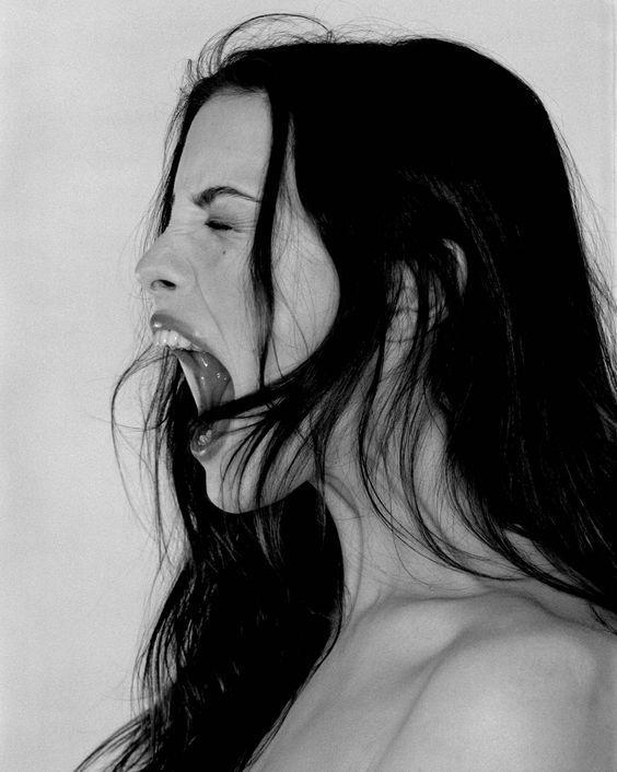 Liv Tyler by Ellen Von Unwerth